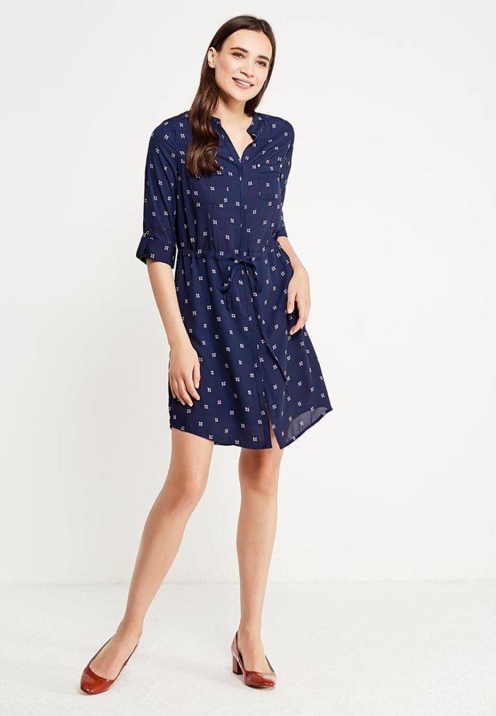 модные платья на каждый день: короткое рубашка с принтом