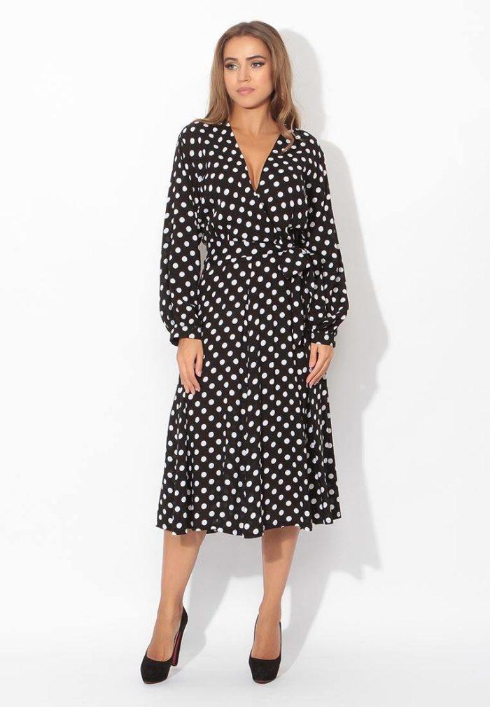 модные платья: миди с запахом в горох