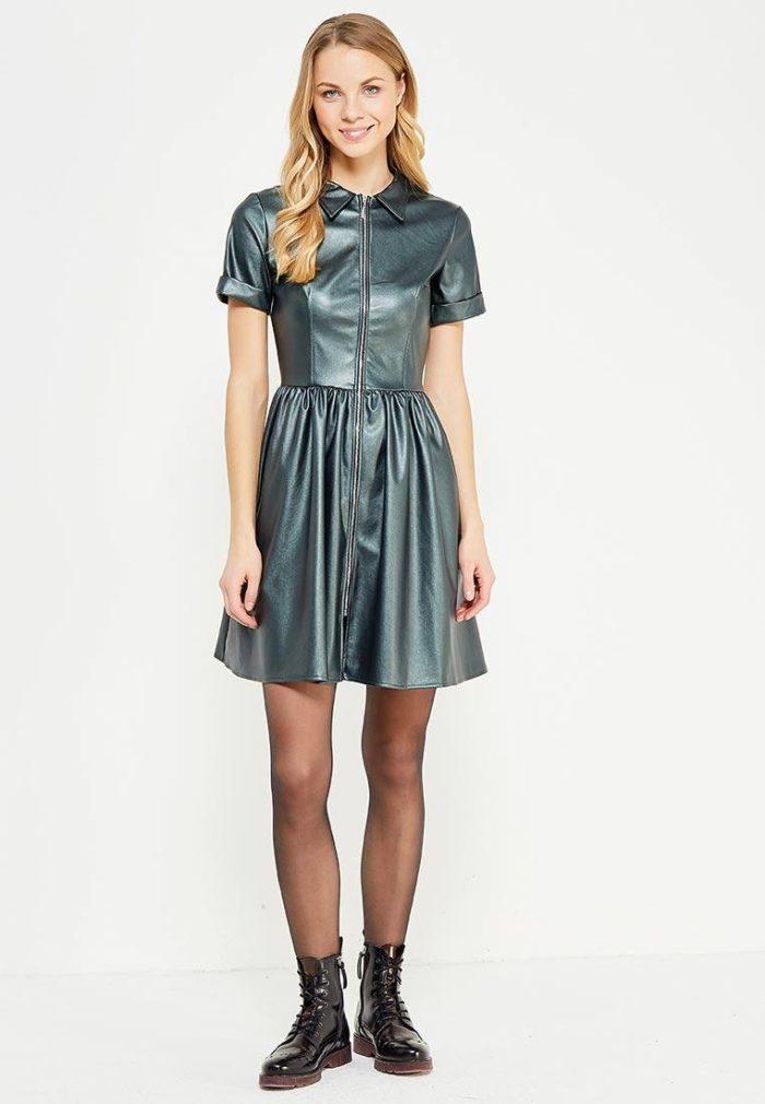модные платья 2019-2020: зеленое кожаное клеш