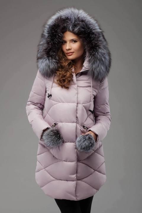 нюдовый пуховик с мехом с капюшоном осень-зима