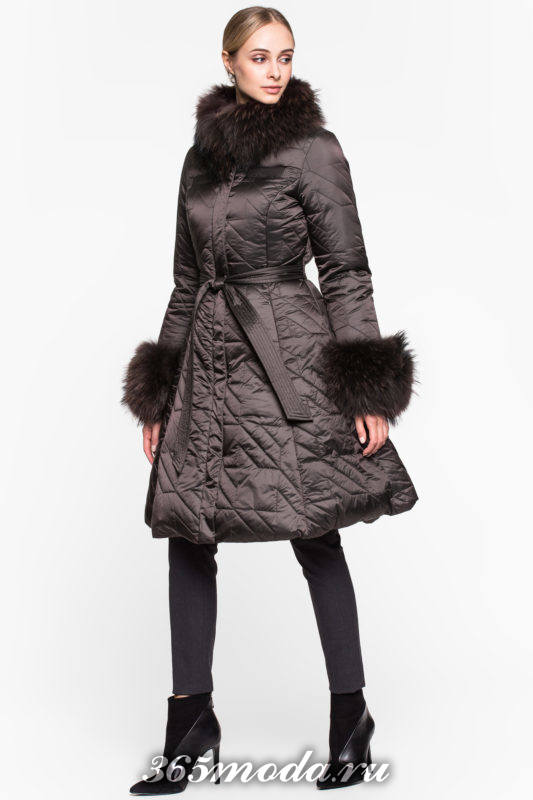 стеганый коричневый пуховик платье с мехом осень-зима