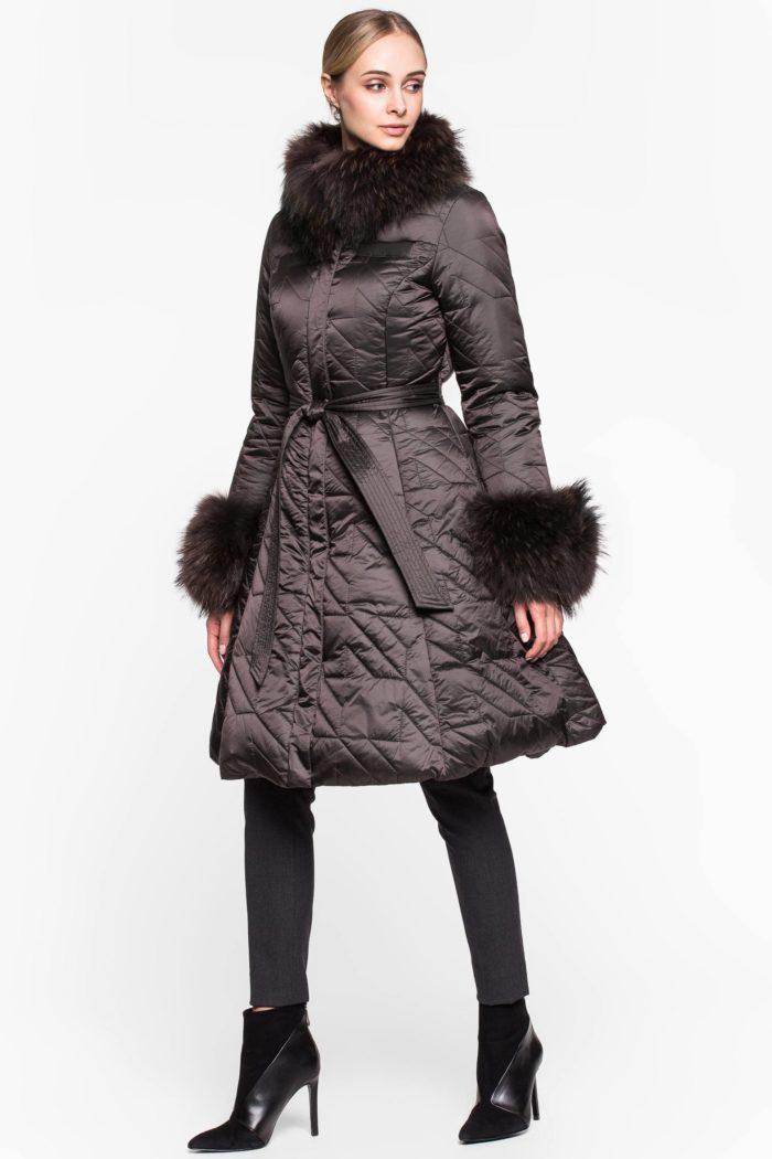 стеганый коричневый платье с мехом