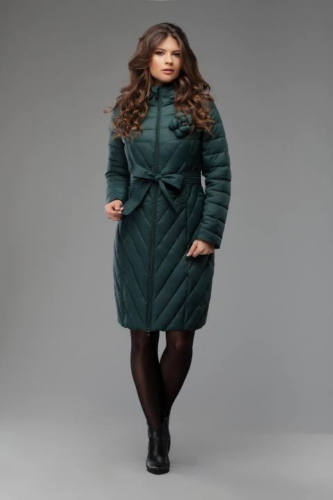 зеленый стеганый пуховик с поясом осень-зима