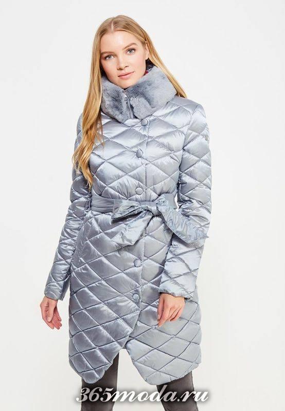 модный серый пуховик с меховым воротником-стойкой осень-зима
