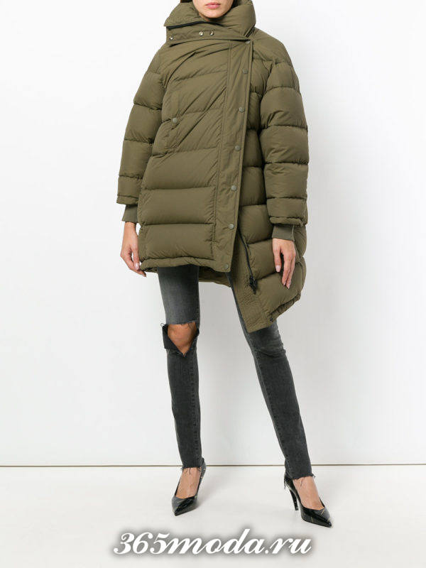 модный зеленый асимметричный пуховик осень-зима