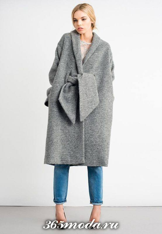 серое пальто с поясом оверсайз осень-зима