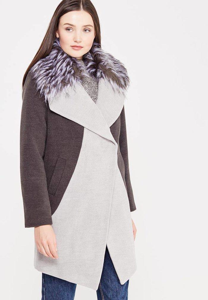 модные пальто осень зима: двухцветное с мехом на воротнике