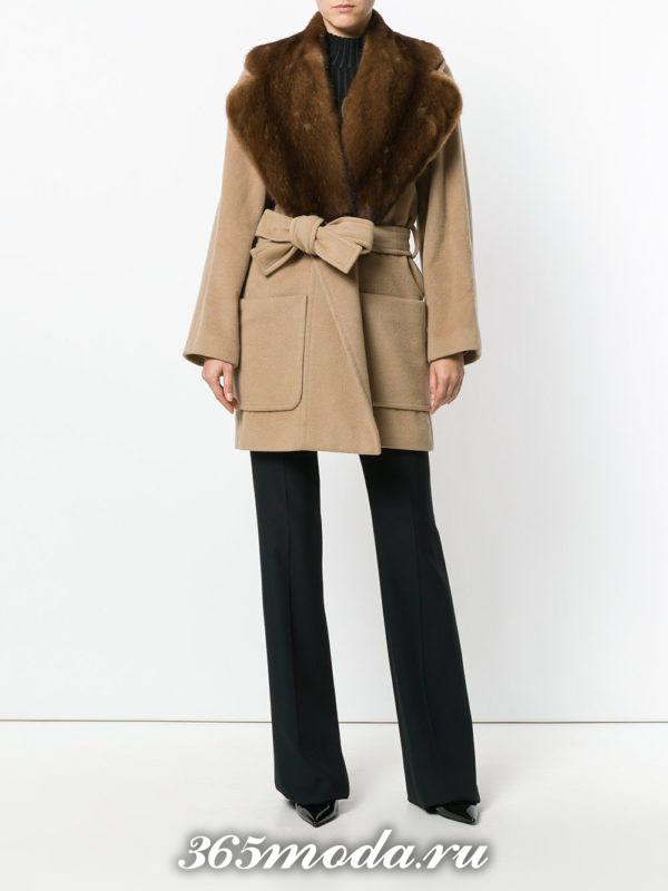 приталенное пальто с поясом и мехом осень-зима