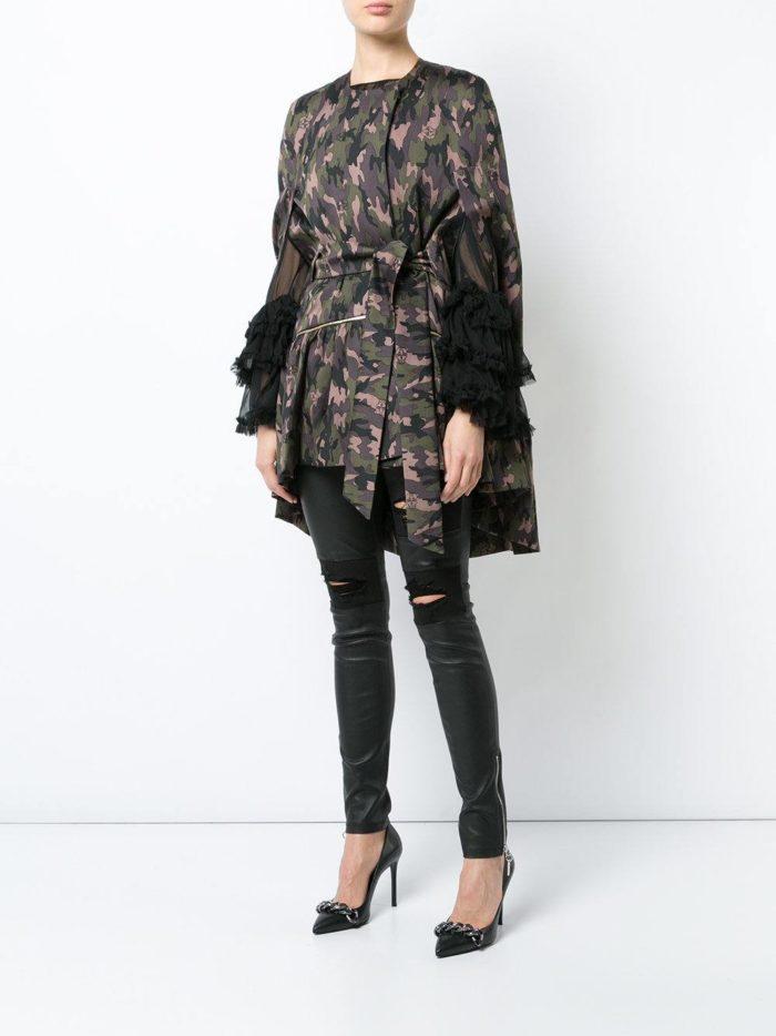 пальто осень зима: асимметричное с поясом и оборками милитари