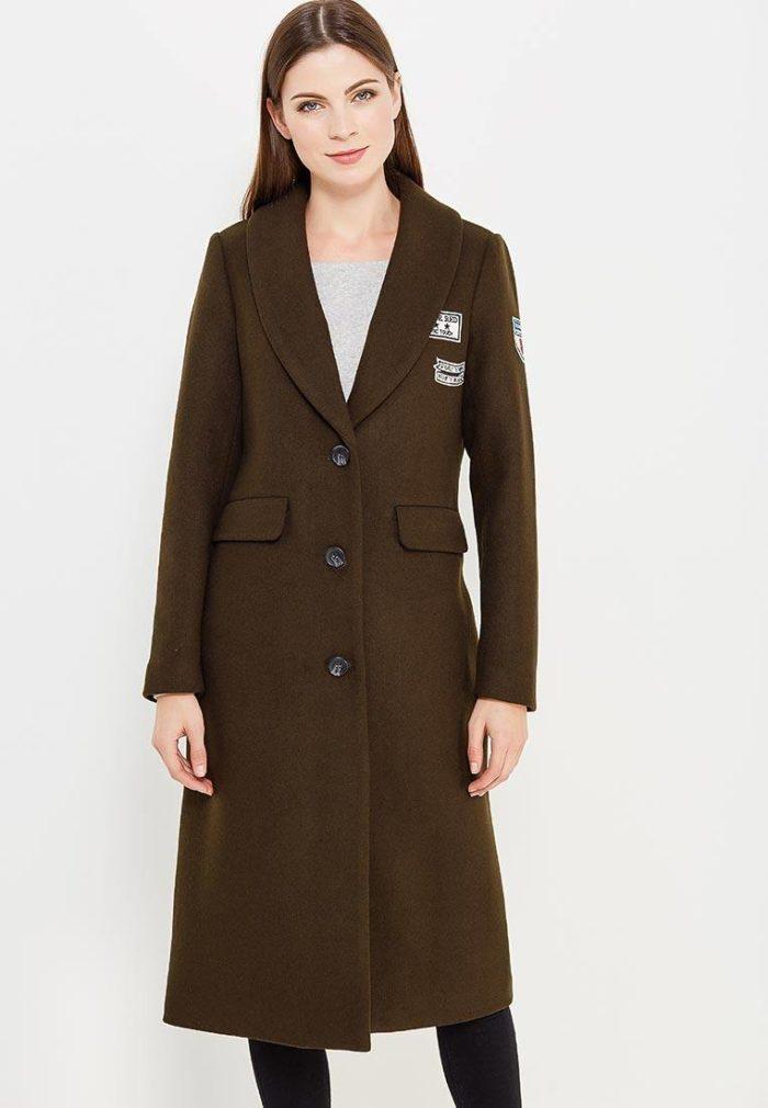 пальто осень зима: длинное милитари с декором