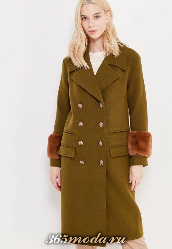 пальто милитари с пуговицами и мехом на рукавах осень-зима