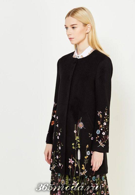 черное макси пальто с вышивкой осень-зима