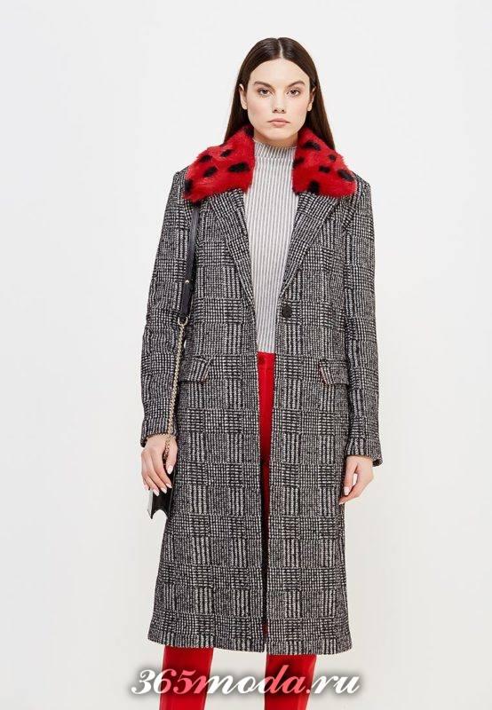 серое макси пальто с меховым воротником осень-зима