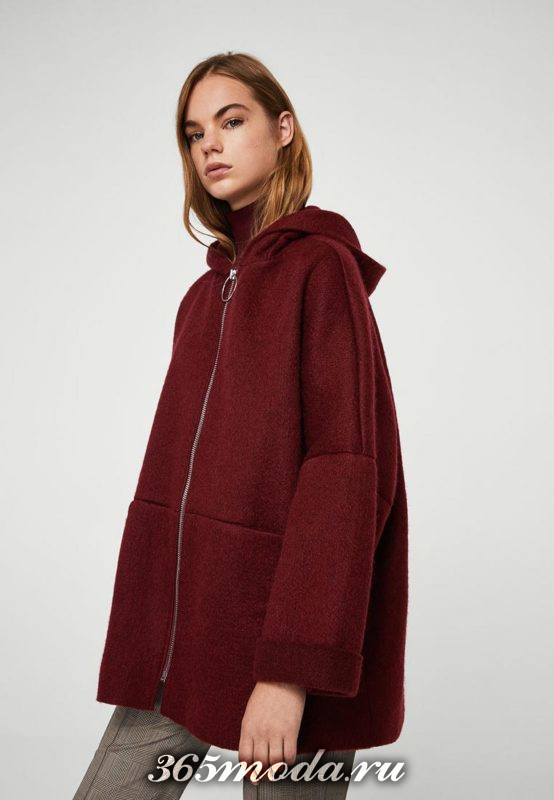 пальто оверсайз на молнии с капюшоном осень-зима