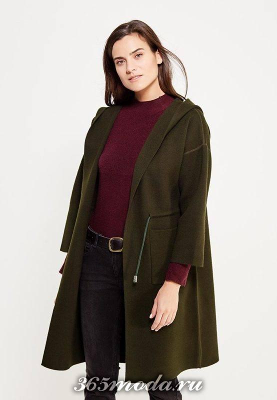 оливковое пальто с укороченными рукавами