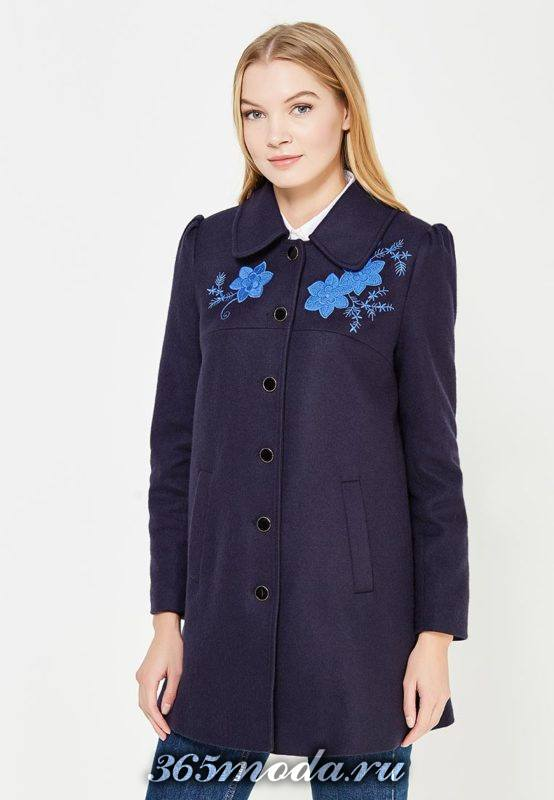 пальто на пуговицах с вышивкой осень-зима