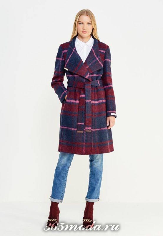 двубортное пальто в клетку с поясом осень-зима