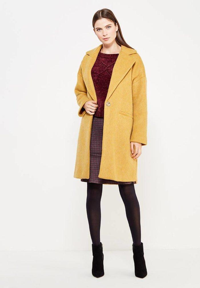 Модные сеты 2019-2020: с желтым пальто