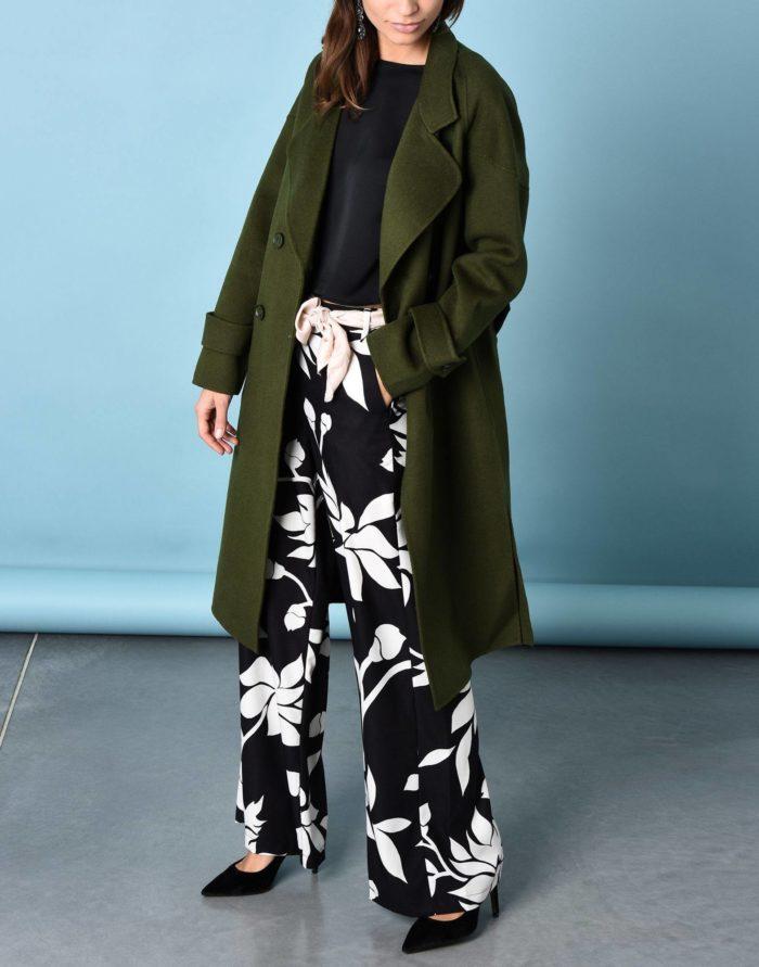 Модные сеты 2019-2020: с зеленым двубортным пальто