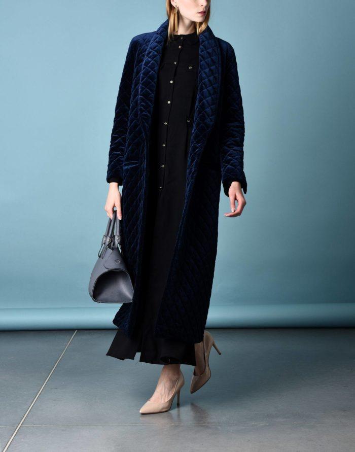 Модные сеты 2019-2020: с синим длинным пальто