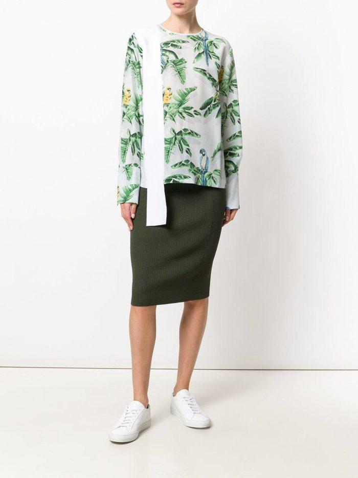 Модные сеты 2019-2020: с шифоновой блузой с принтом
