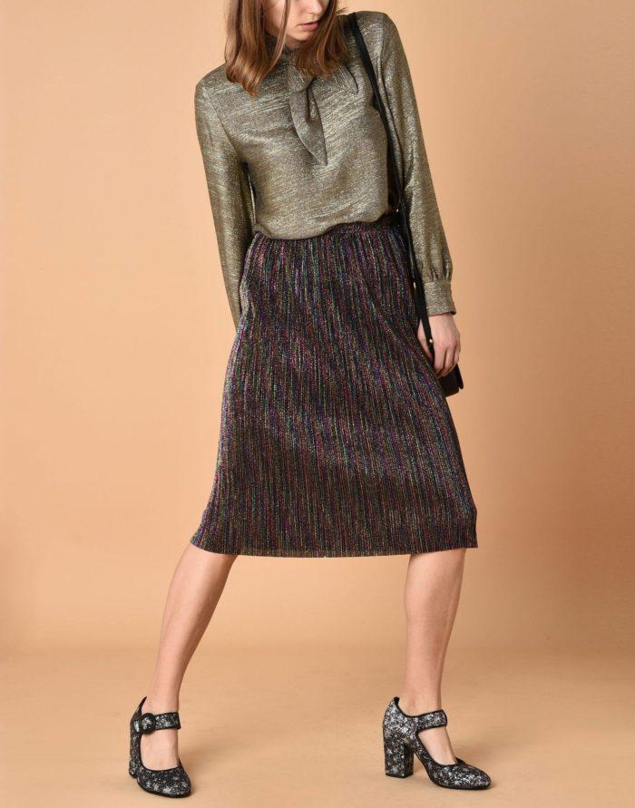 Модные сеты: с блестящей миди юбкой