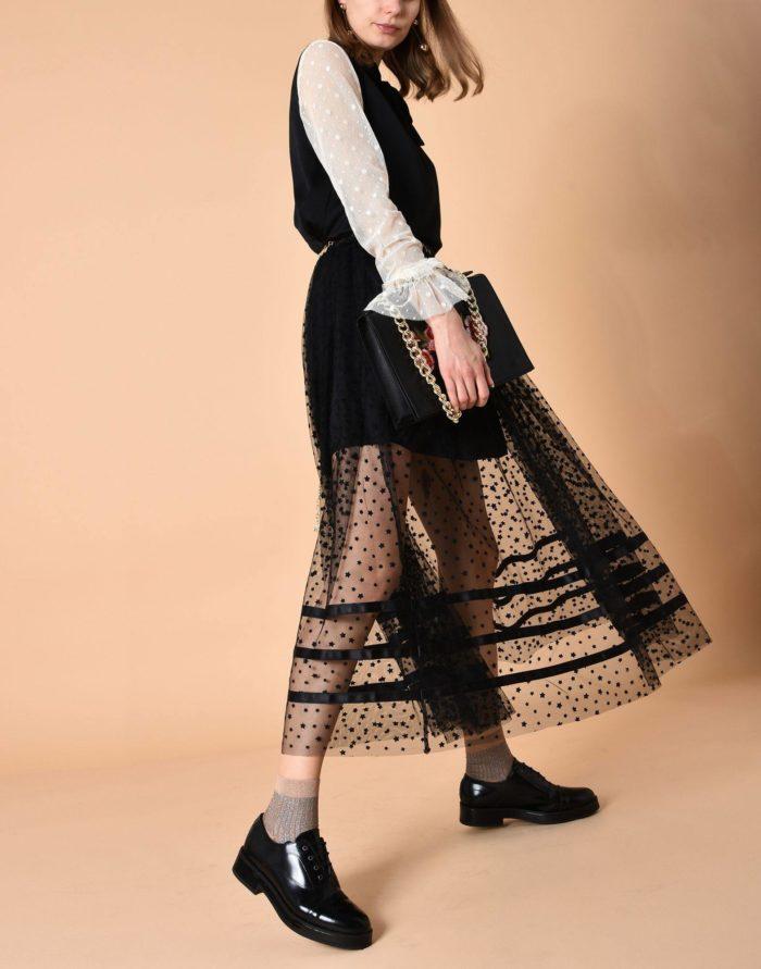 Модные сеты: с прозрачной юбкой клеш