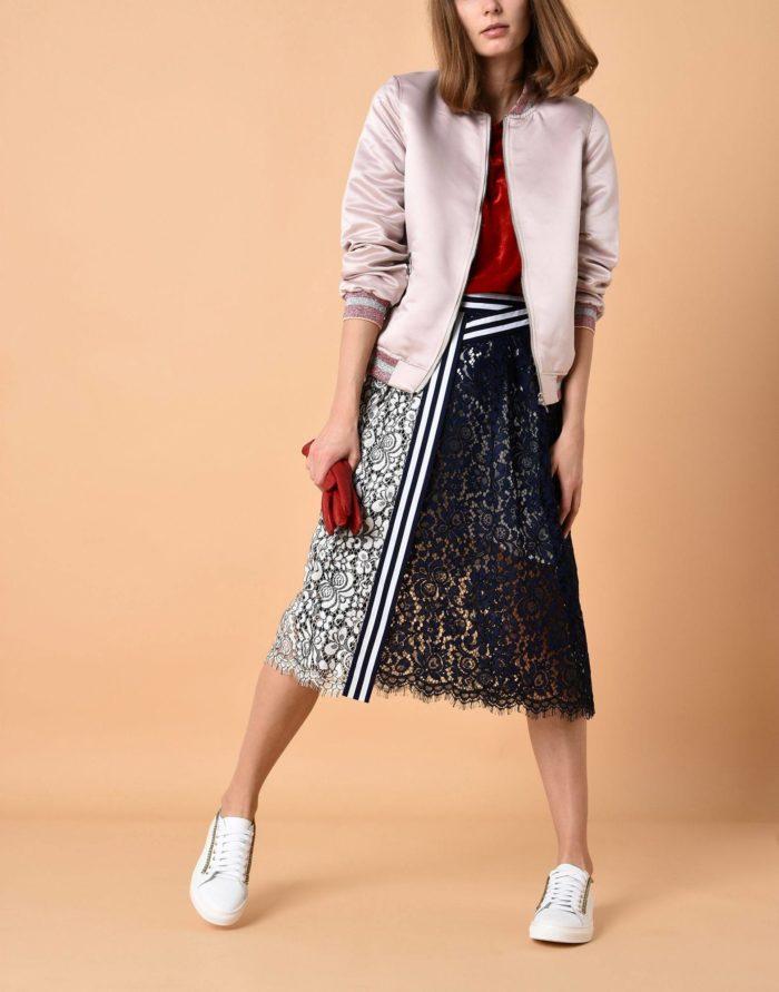 Модные сеты: с комбинированной миди юбкой