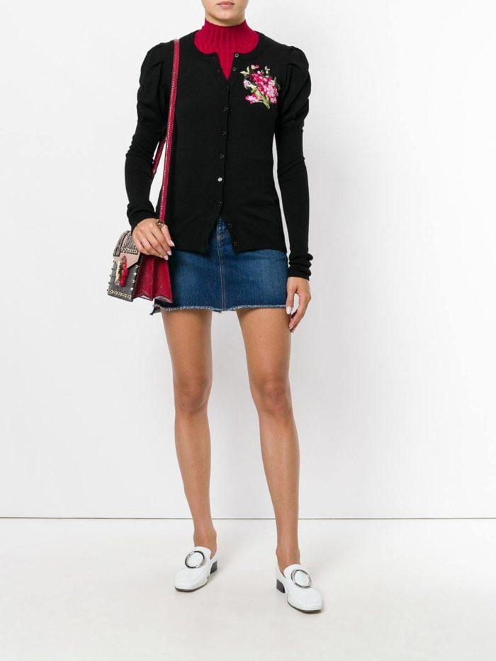 Модный сет: с черным кардиганом с декором