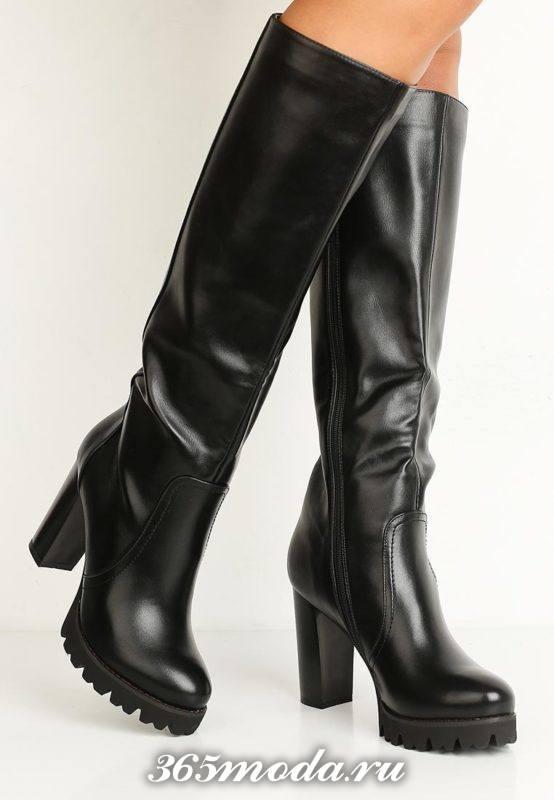кожаные сапоги с высокими каблуками на тракторной подошве
