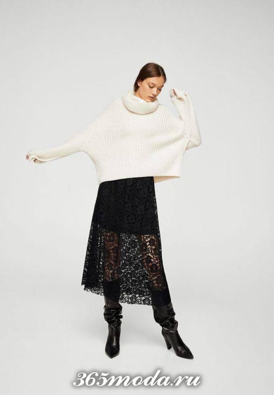 черная гипюровая юбка полусолнце с свитером оверсайз с чем носить