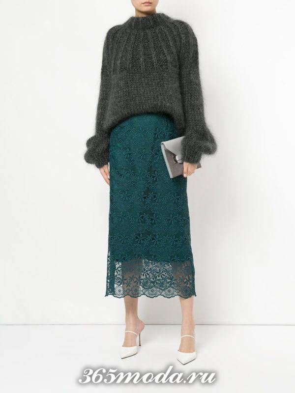 длинная зеленая гипюровая юбка с свитером оверсайз с чем носить