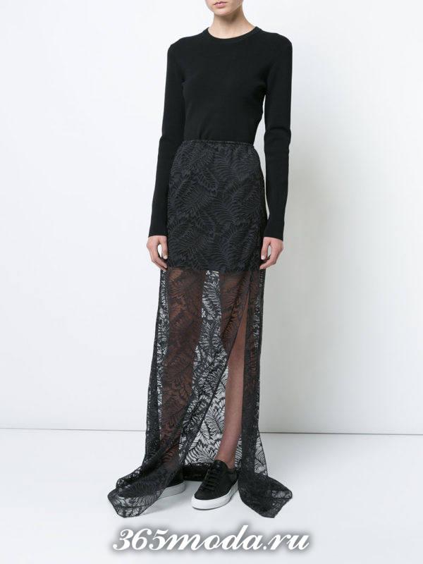 длинная гипюровая юбка с разрезом с черным свитером с чем носить