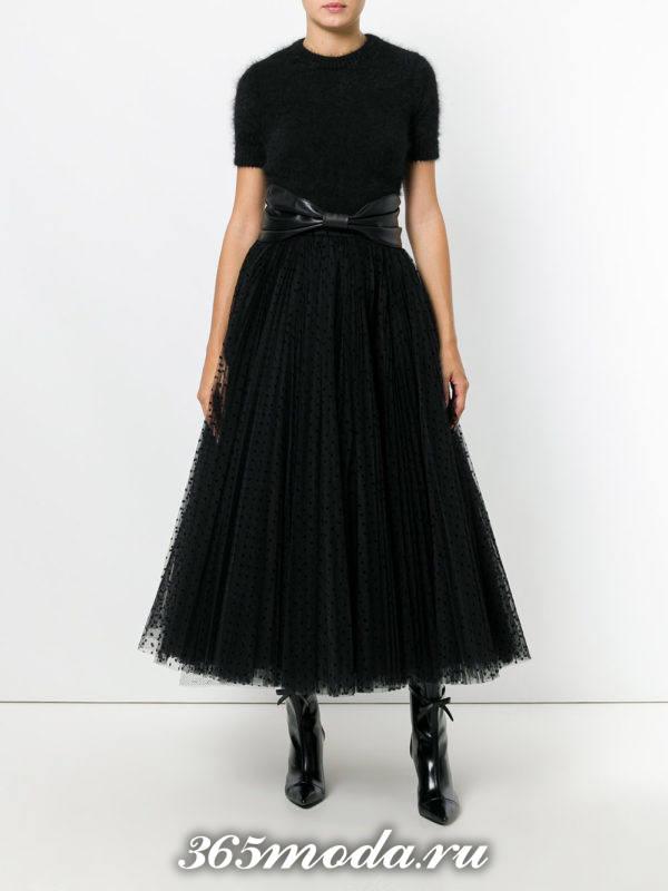 черная миди юбка пачка с поясом с черным топом с чем носить
