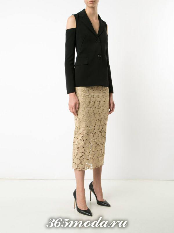 с чем носить бежевую гипюровую юбку карандаш с пиджаком с декором