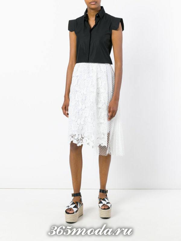 комбинированная гипюровая юбка с черной блузкой с чем носить