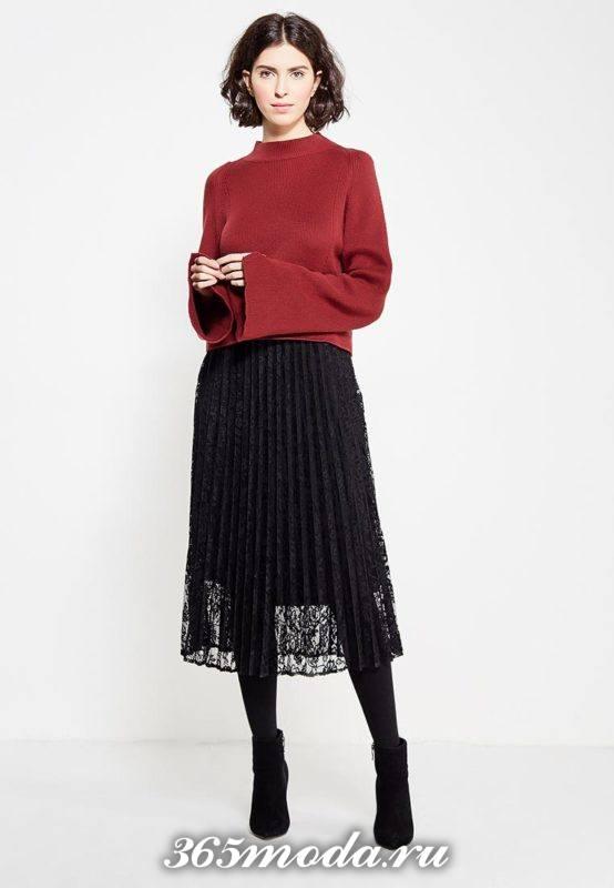 с чем носить гипюровую юбку миди с свитером с рукавами клеш