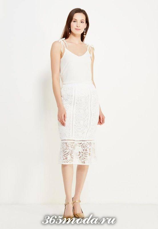 с чем носить белую гипюровую юбку карандаш с белым топом