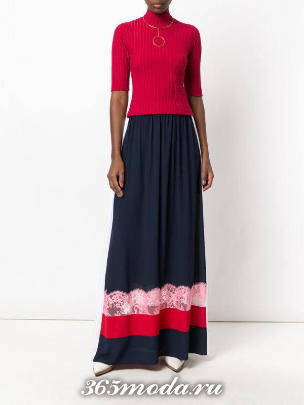 с чем носить длинную юбку с гипюровыми вставками с красным топом