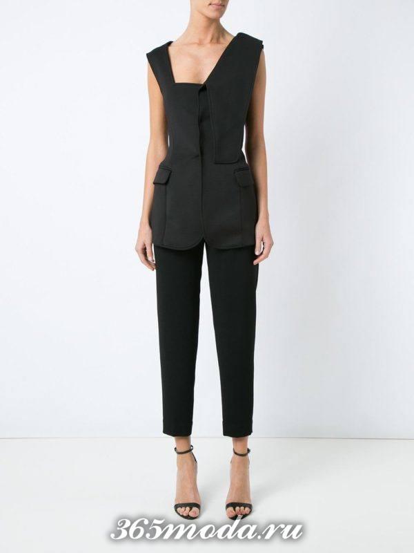 с чем носить черный летний удлиненный жилет без рукавов