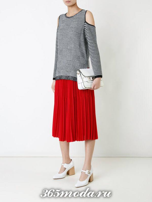 красная шифоновая миди юбка плиссе