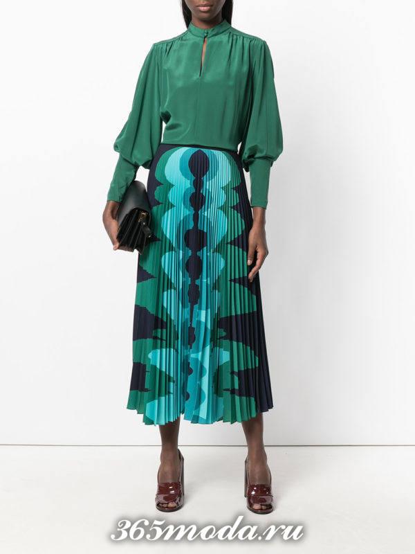 яркая шифоновая юбка плиссе с рисунком