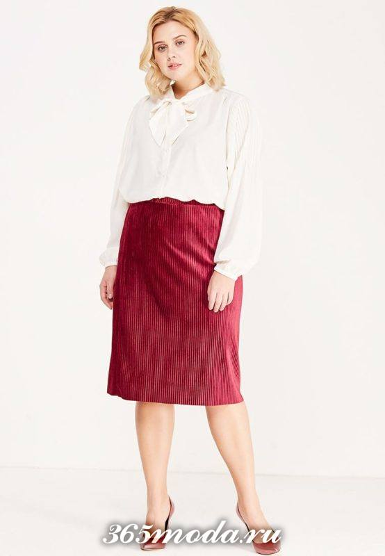 красная юбка плиссе карандаш для полных