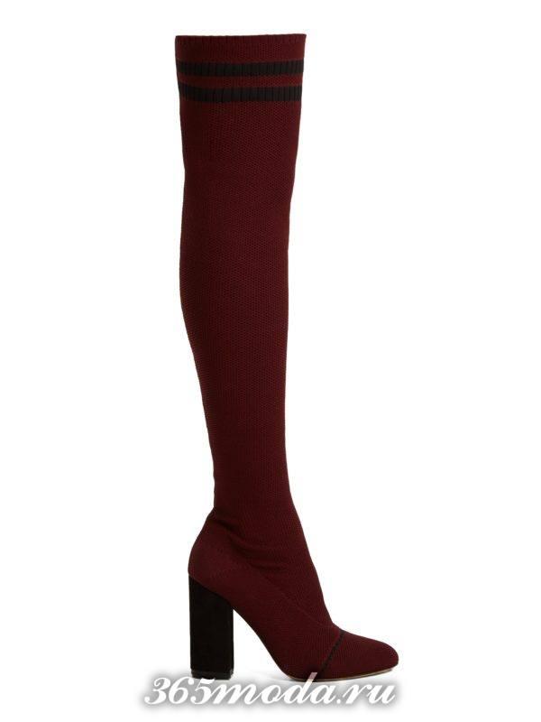 бордовые сапоги-чулки на толстом каблуке весна