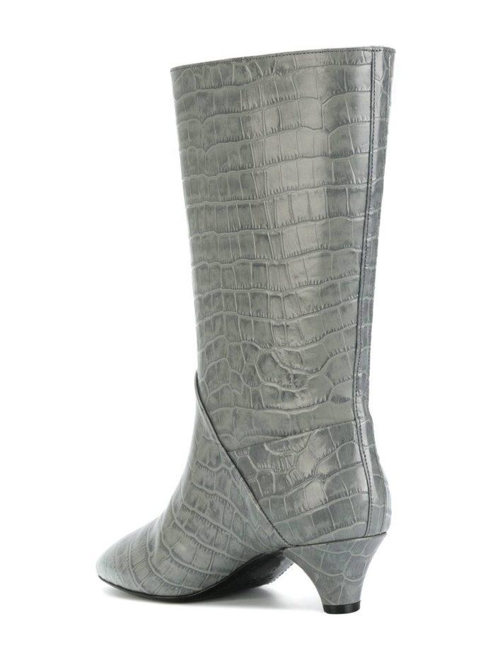 серые полусапоги по кожу рептилий на низких каблуках женские весна