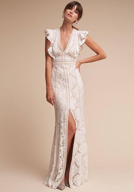 свадебное платье длинное с разрезом