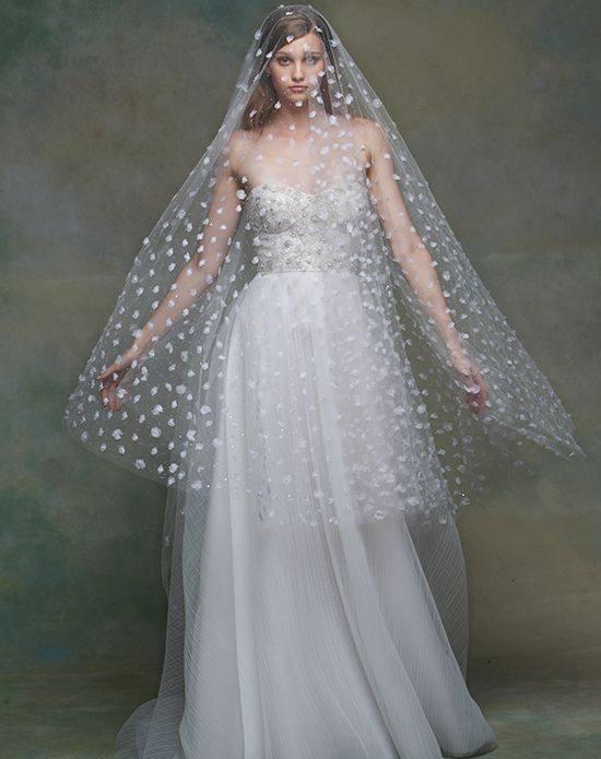 свадебная фата белая с принтом