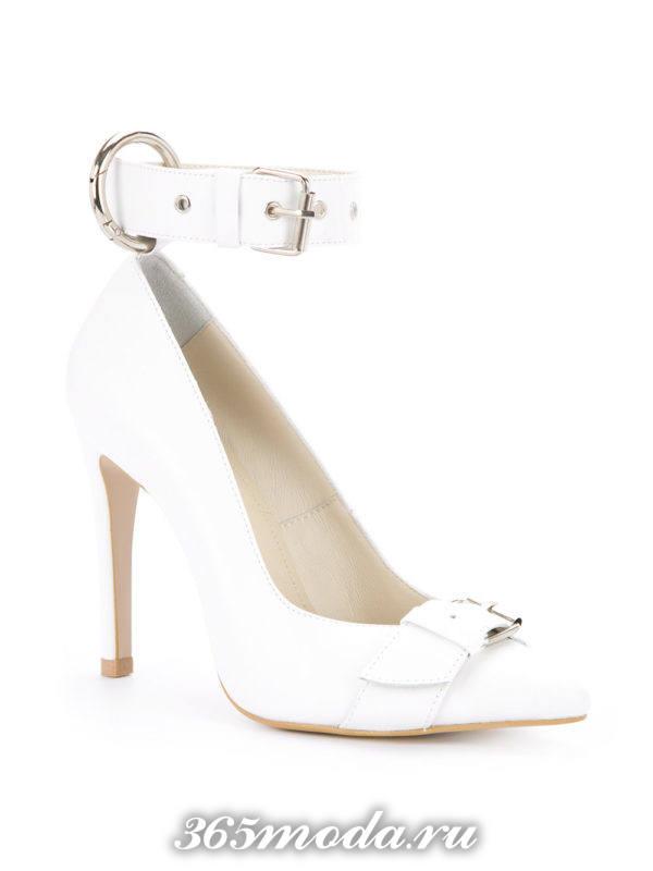 свадебные туфли белые с пряжкой