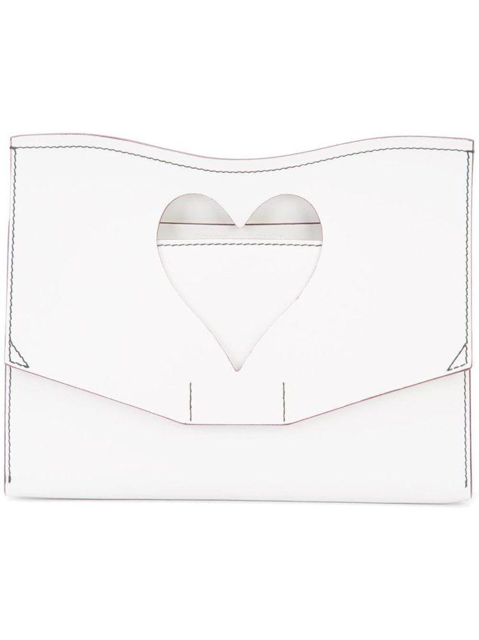 Свадебная мода: сумка белая с перфорацией