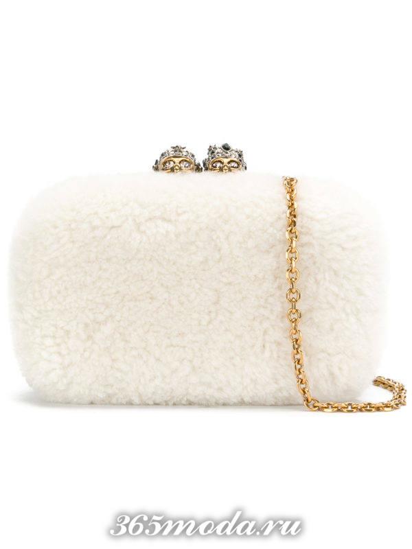 свадебная сумка белая меховая